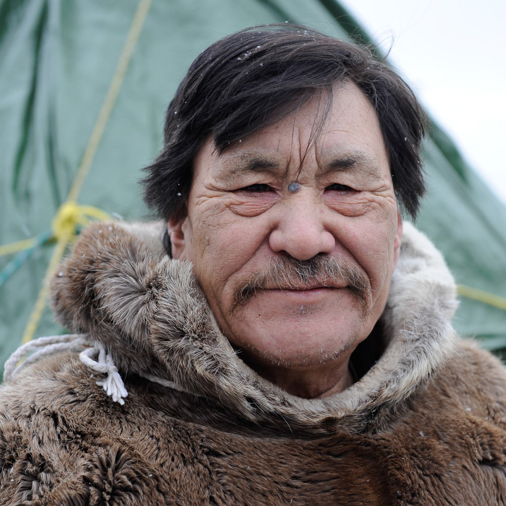 inuit_elder_winnipeg_travel_photographer.jpg