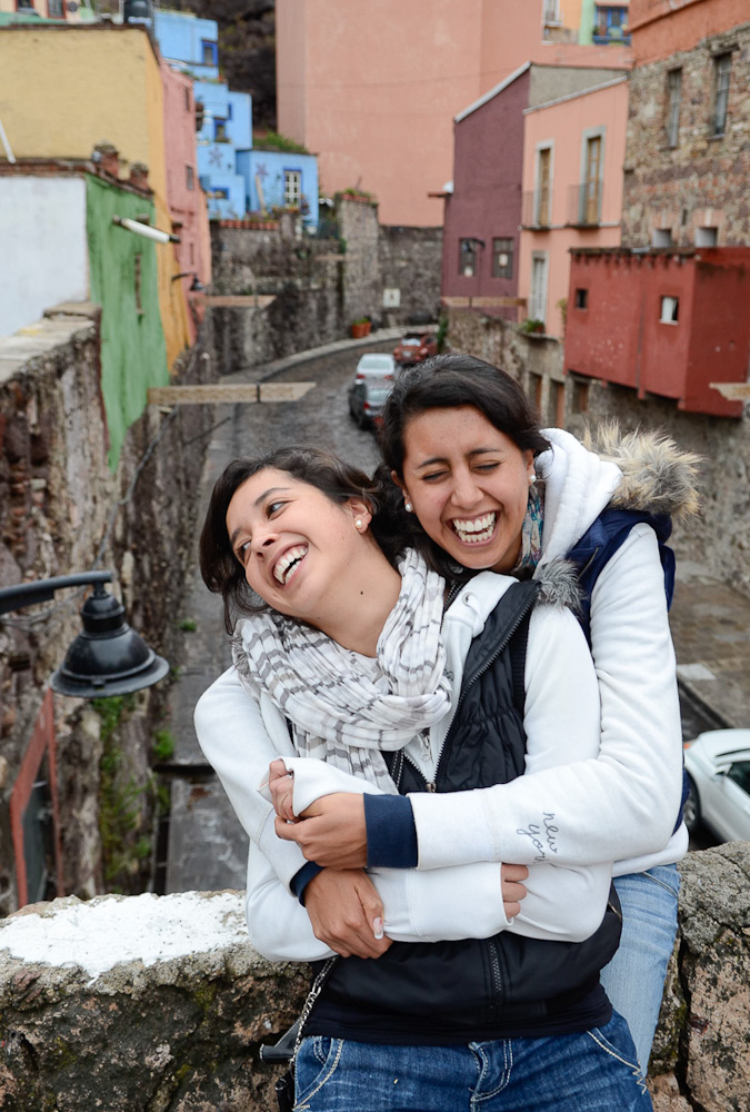 Ecuadorian sisters by Winnipeg travel photographer