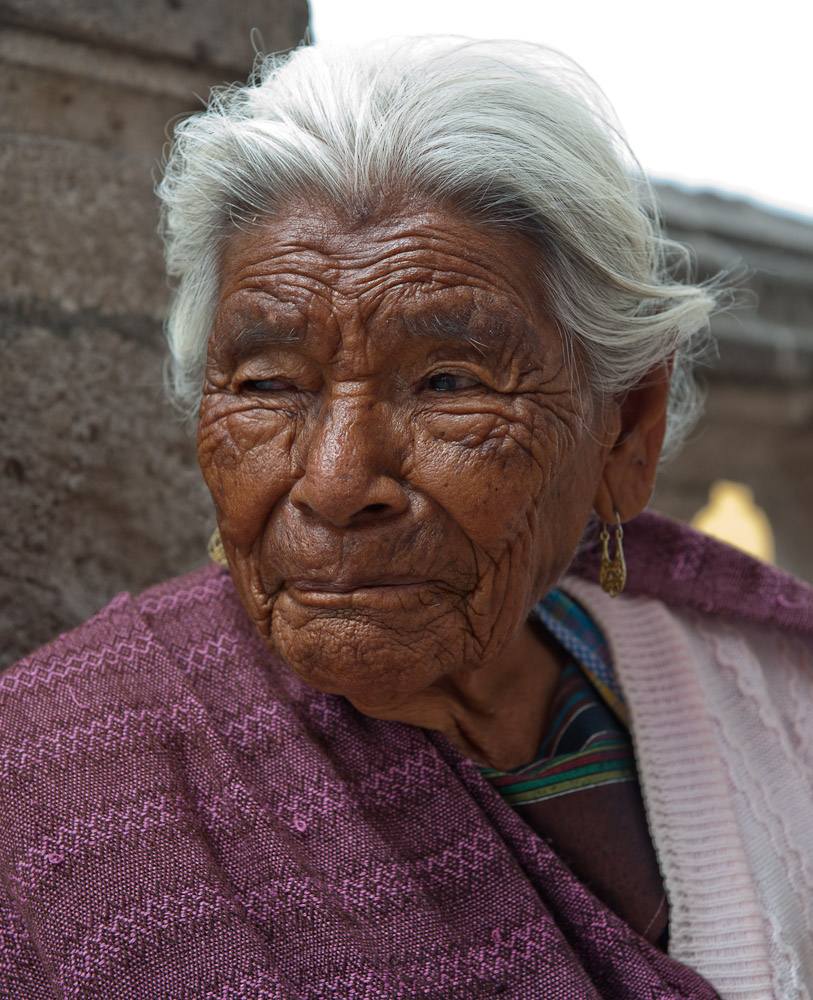 Mexican senior woman by Winnipeg travel photographer